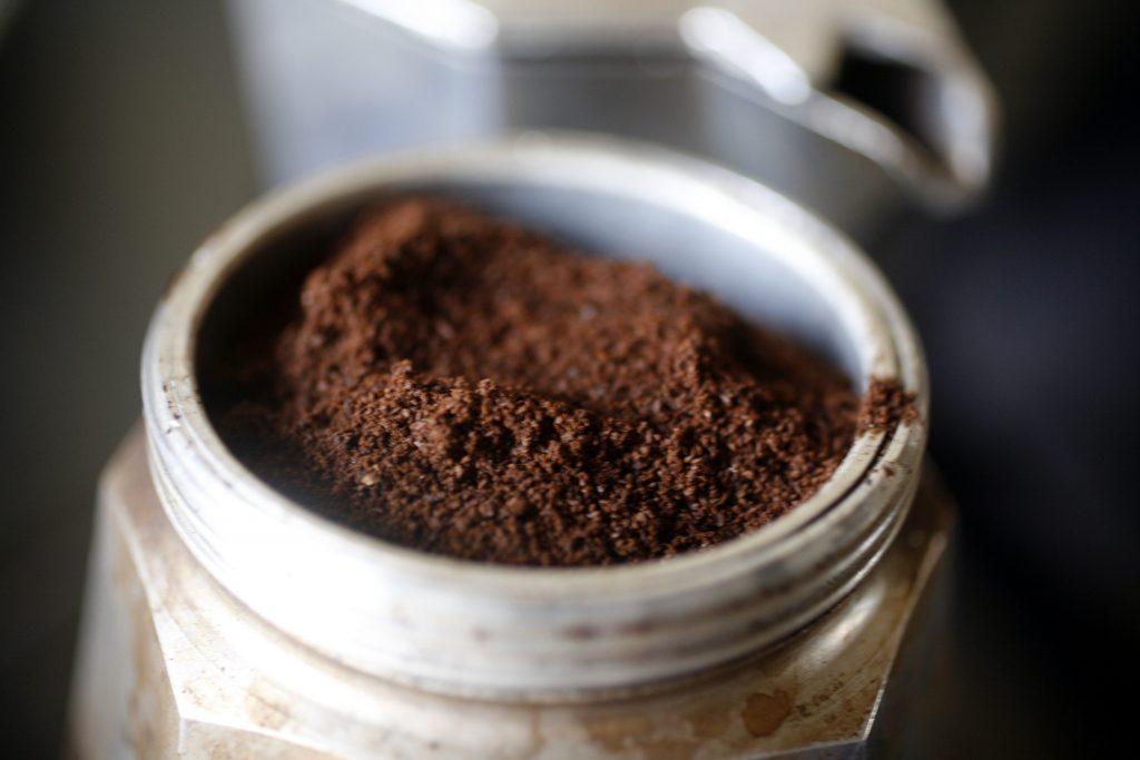 Coffee f3327912 1024x683 - قوری موکا قوری قهوهساز اسپرسو یا موکا اکسپرس